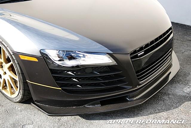 Carbon Fiber Audi R8