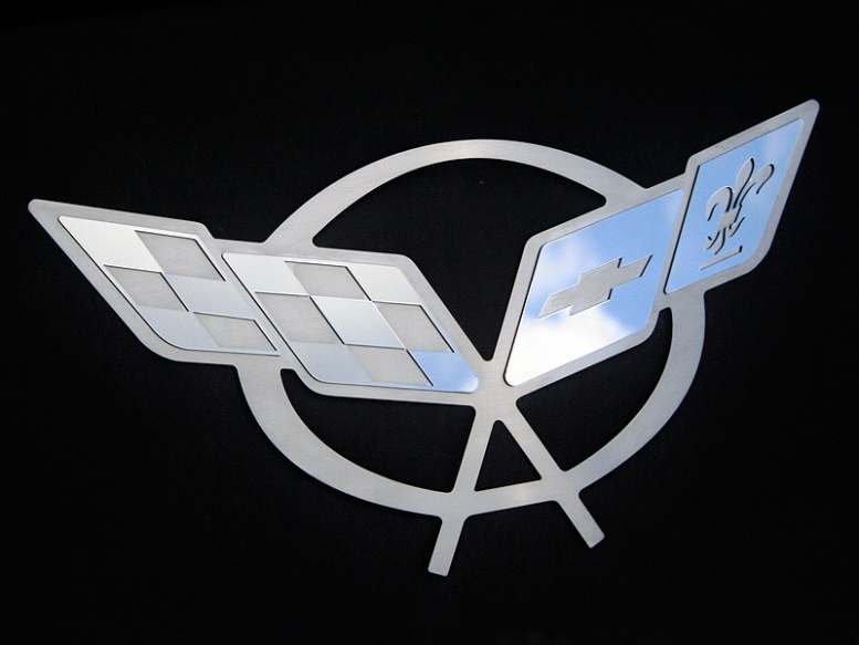 C5 Corvette Hood Pad Panel Badge Crossed Flags Emblem ...